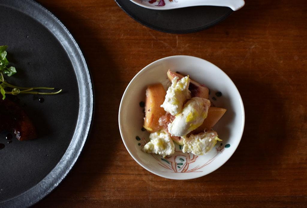 秋のフルーツとモッツァレラチーズのマリネ