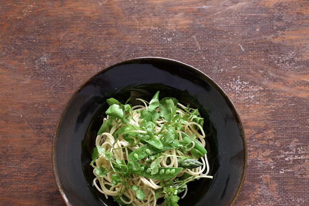 旬の野菜で緑なパスタ