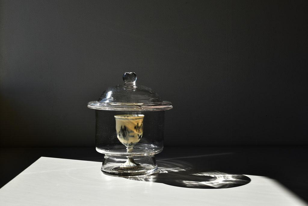 ガラスと磁器の美しさ