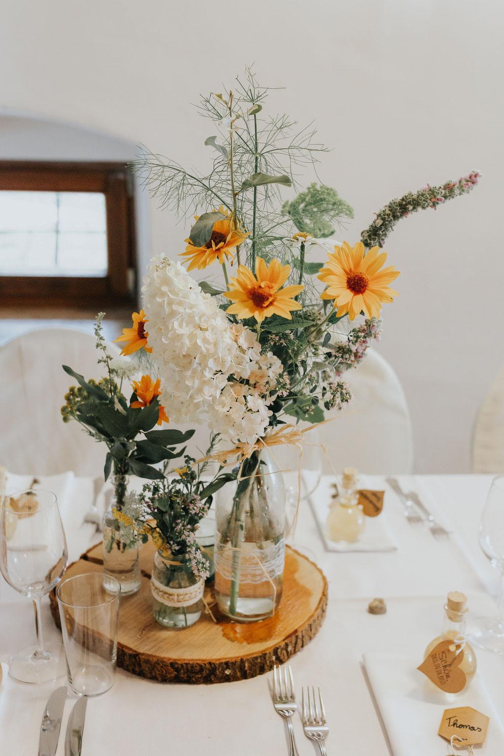 Blumen und Tischdeko, Hochzeit am Vedahof