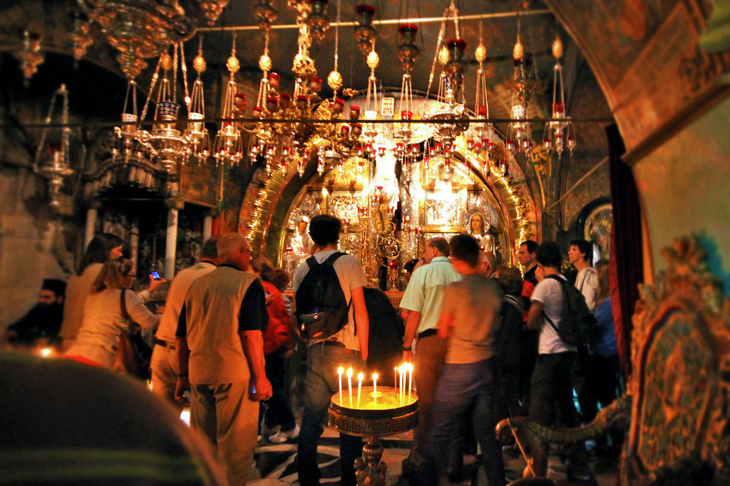 Inside the Church of the Holy Sepulchre in Jerusalem, Israel © Sabrina Iovino | JustOneWayTicket.com