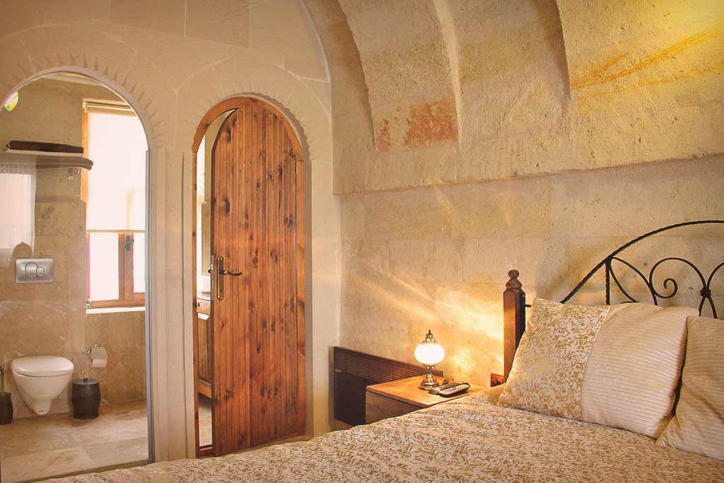 Castle Inn, unique Arch and Cave Rooms in a Chateau in Cappadocia © Sabrina Iovino | JustOneWayTicket.com