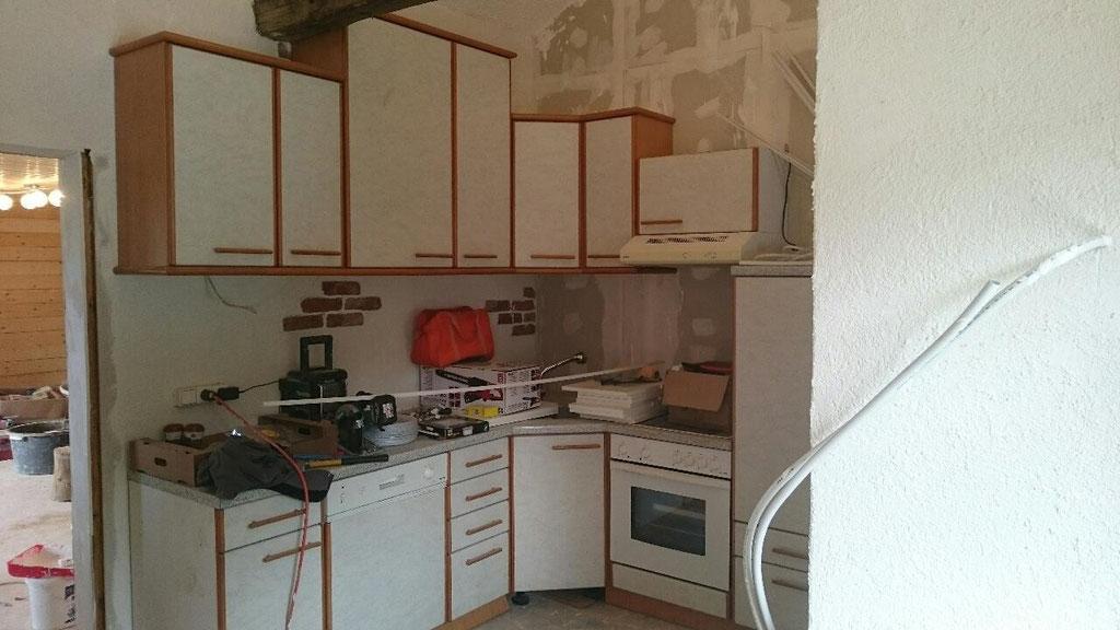 Küche steht schon