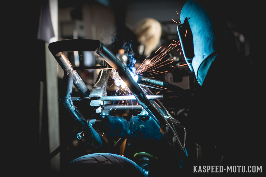 Fabricating the Rear Frame and a Custom Seat Cowl - Kaspeed Custom