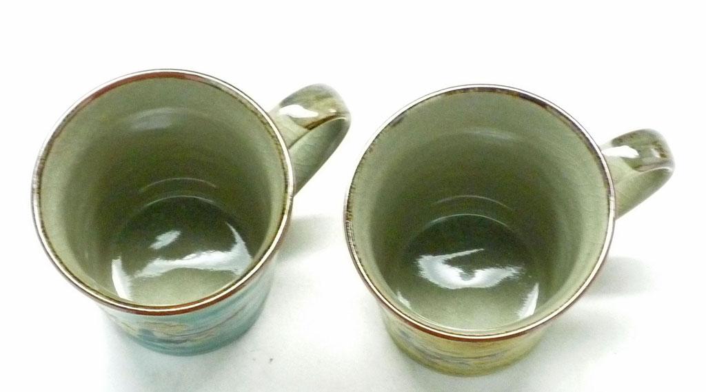 九谷焼通販 おしゃれ ギフト マグカップ マグ ペア 夫婦 金糸梅に鳥 緑&黄塗り 裏絵 上からの図