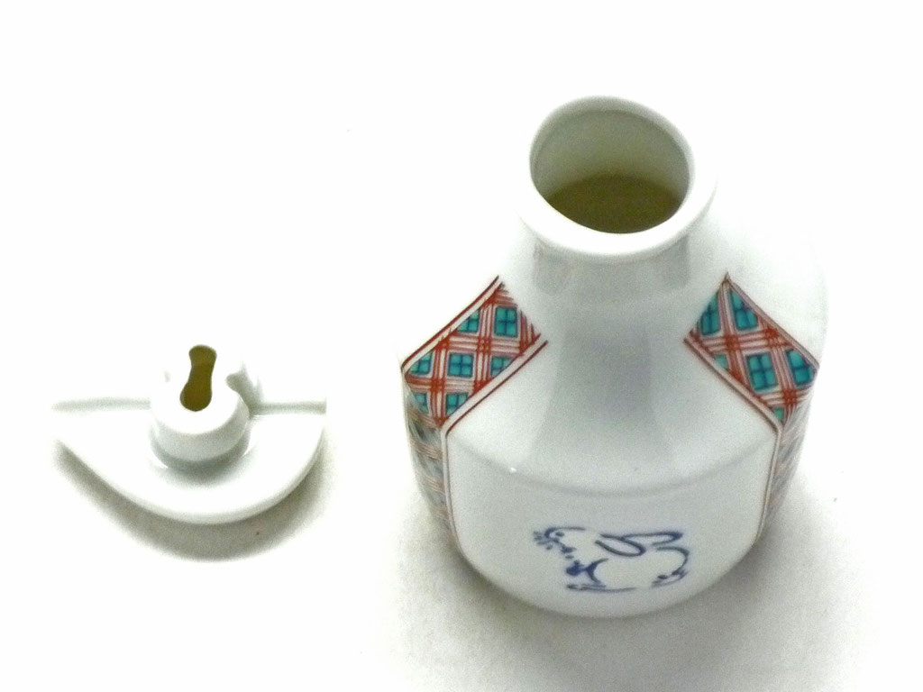 九谷焼【醤油差し】白兎 赤小紋