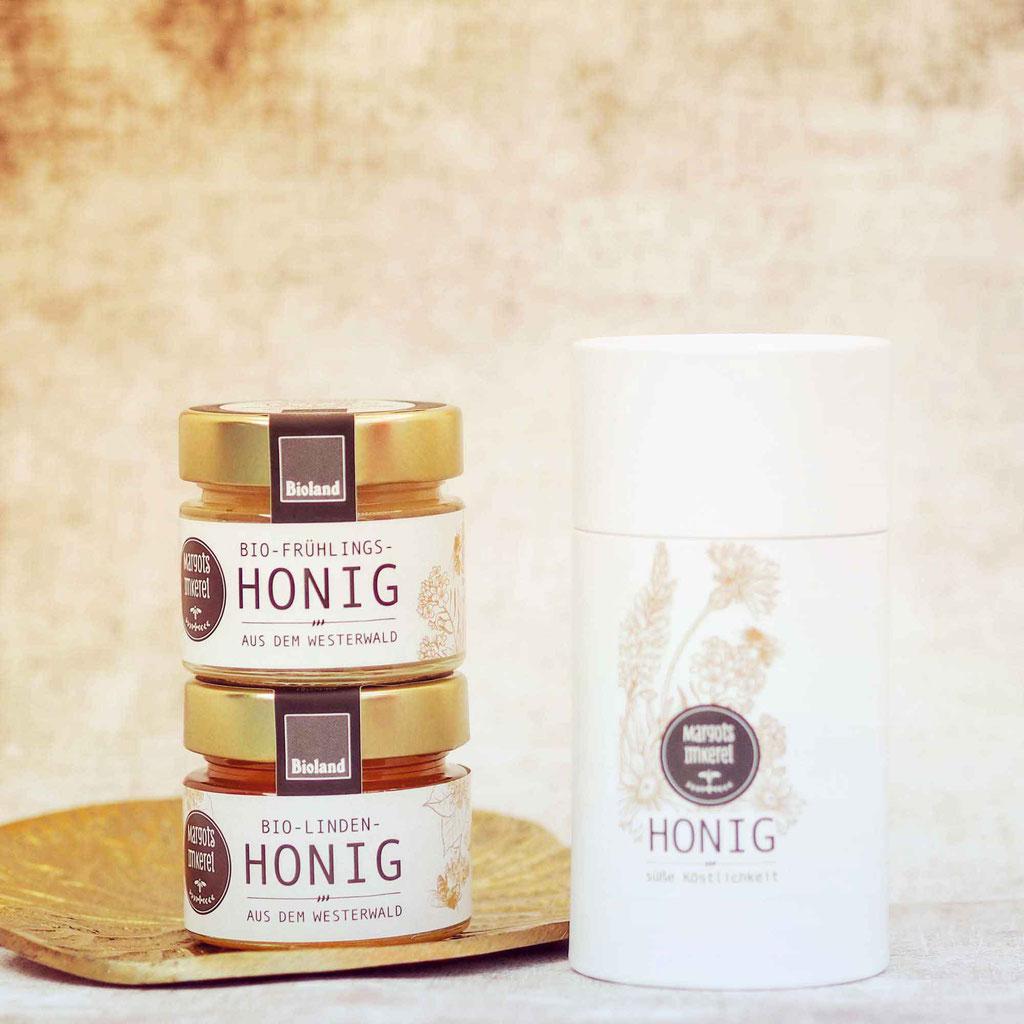 Köstlicher Bioland Honig aus dem Westerwald ein perfektes Geschenk für Kunden, Mitarbeiter, Freunde und Nachbarn zu Weihnachten.