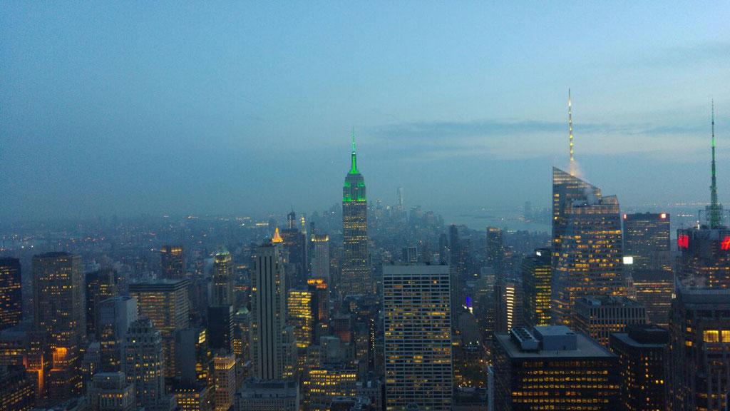 New York am Abend (mit beleuchtetem Empire St. B.)