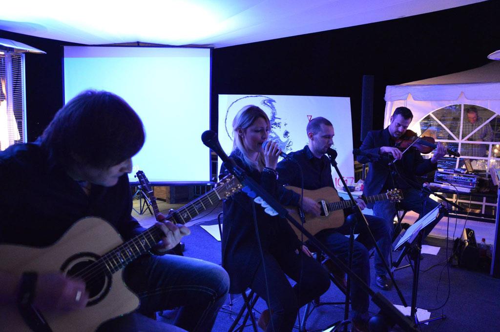 Charity - Event mit Gastmusiker Christian Herzberger an der Geige (Gregor Meyle)