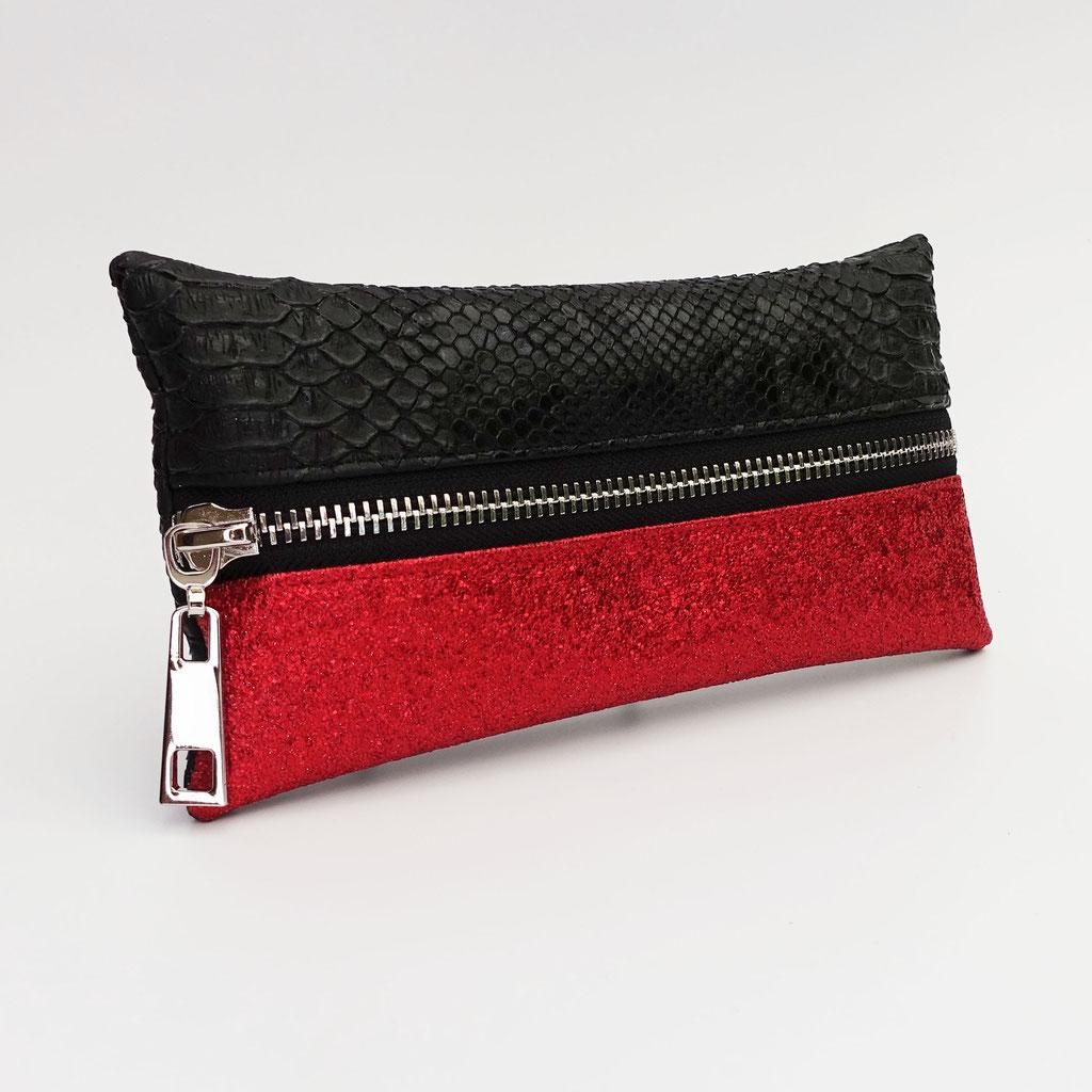 Trousse végane dragon noir et lurex rouge, zip métal (dos dragon noir)
