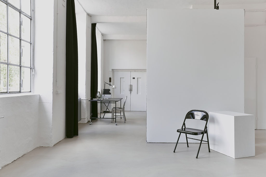 Studio-Location-Berlin / Mietstudio / Rental Studio / Fotostudio / Placeable Wall
