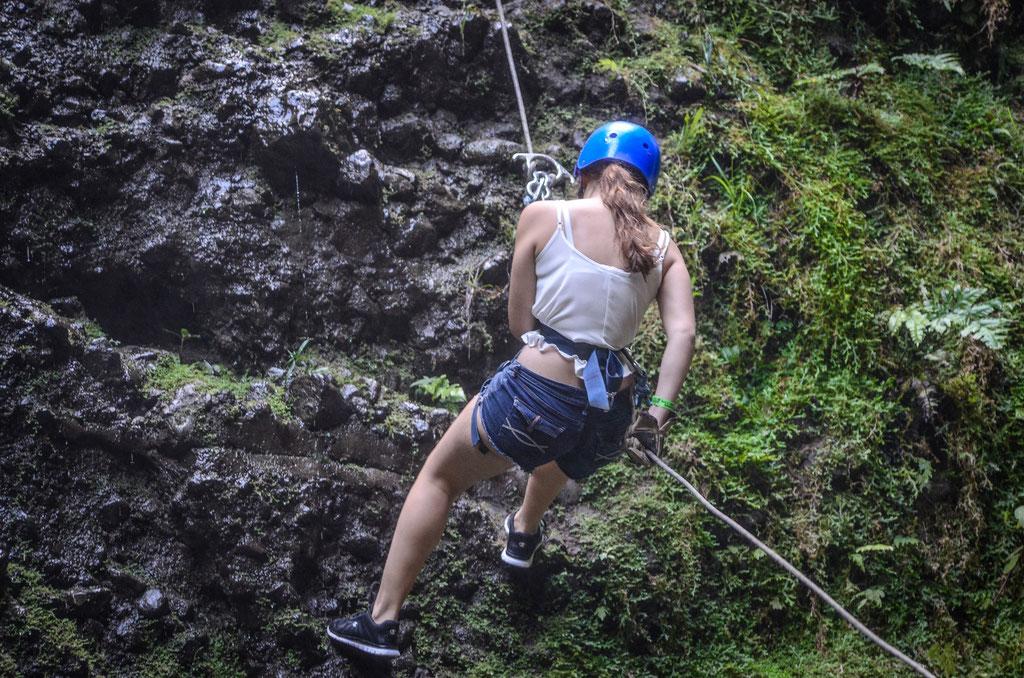 Descenso de  80 metros