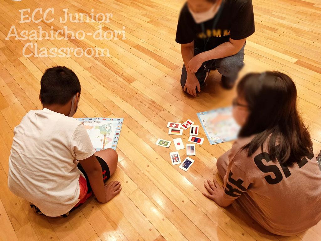 他教室の生徒さんとも協力し合います。