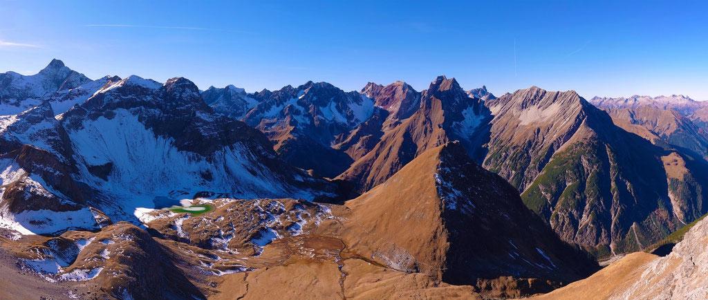 Ausblick von der Memminger Hütte - © Fotoarchiv Familie Schmid