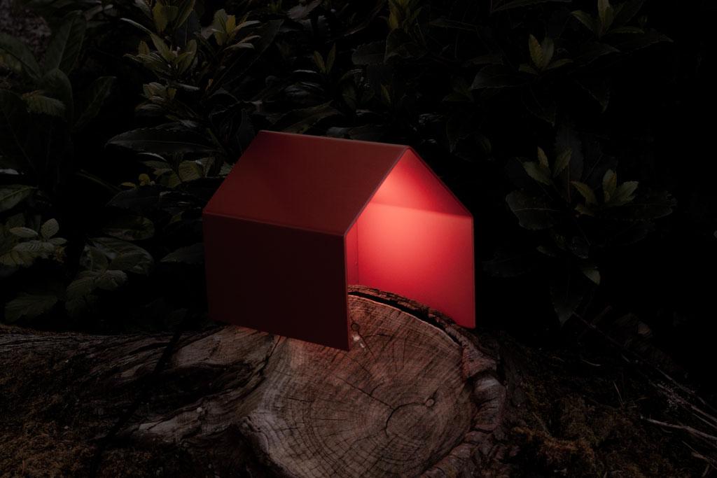 alcyone, anne merceron, guillaume larreur, design, sizun, bretagne, lampe, maison, oxymax, acier, petite maison, lampe maison, maisons colorées, luminaire, light, house, bicoque, cabane, cabin, lumière