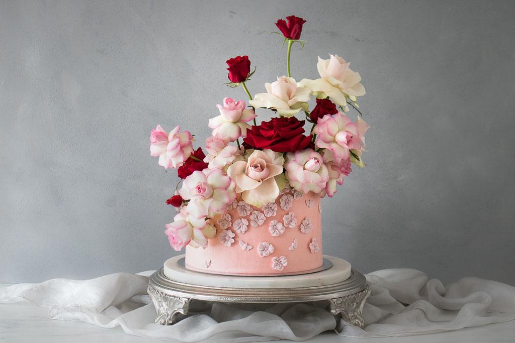 Eine Blumenwiese aus Rosen (Foto: Süße Poesie)