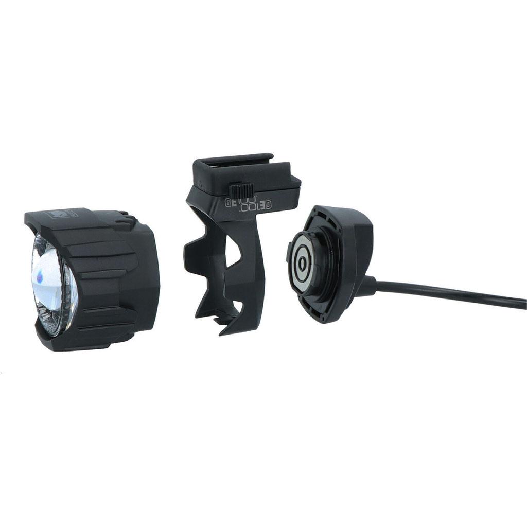 CATEYE stellt zwei neue StVZO Lampen mit modularem Lichtsystem vor
