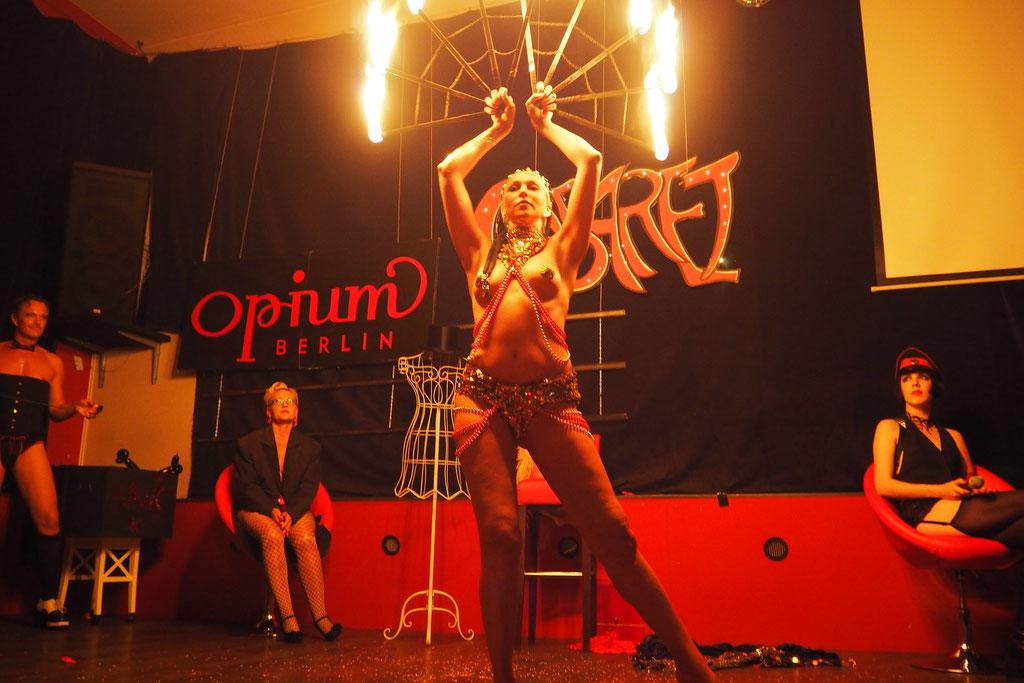 OPIUM-CABARET mit LULU, HELENA HYDE, HAYDEE SPARKS, DR DIVA und FEXA - Fotos: MYS TIA / OPIUM