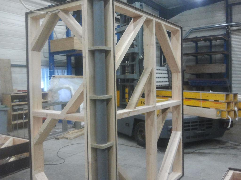 mannequin d'angle avec cheminée de coulage PVC