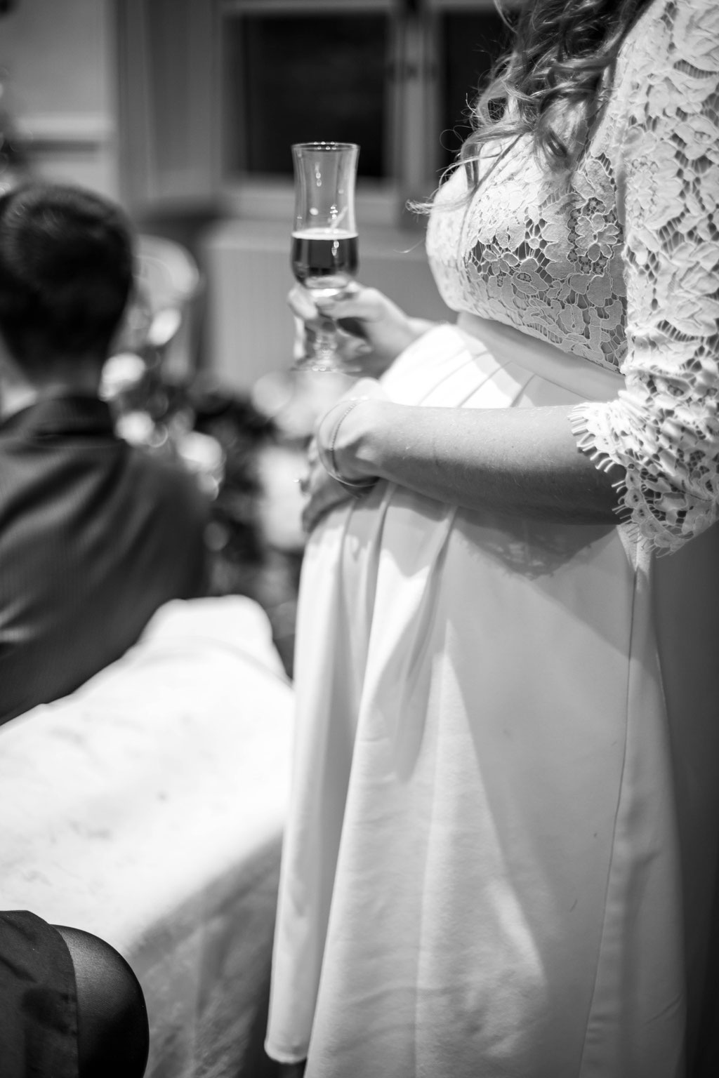 Delphine Grigné, photographe Sarthe, mariée vin d'honneur