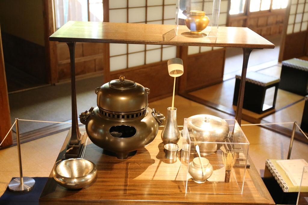 興福寺中金堂献茶道具
