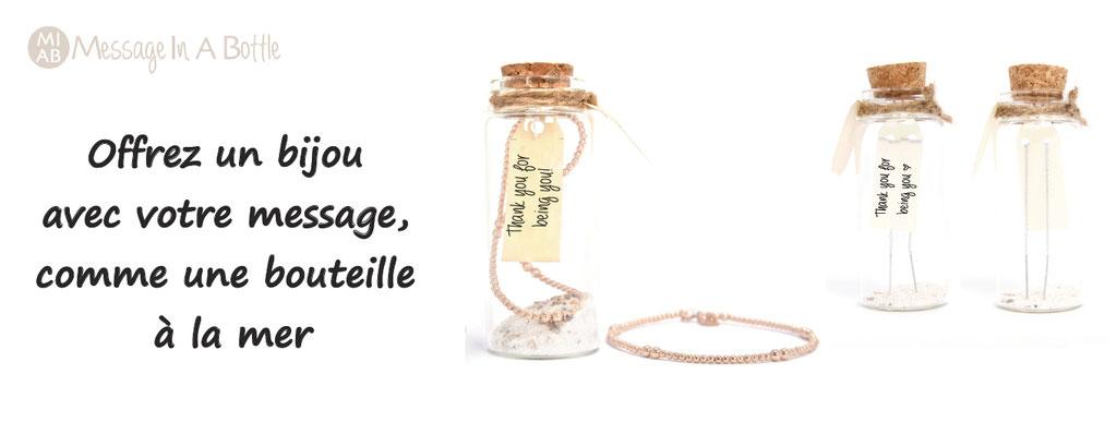 Personnalisation de bijoux : vous personnalisez le message qui sera mis dans une petite bouteille en verre qui contiendra le bijou de votre choix : un cadeau magique