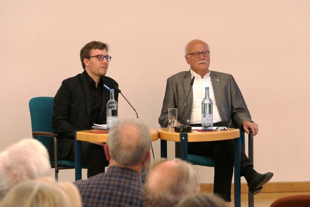 Dr. Elmar Kuhn und Johannes Kuber (v. r. n. l.)