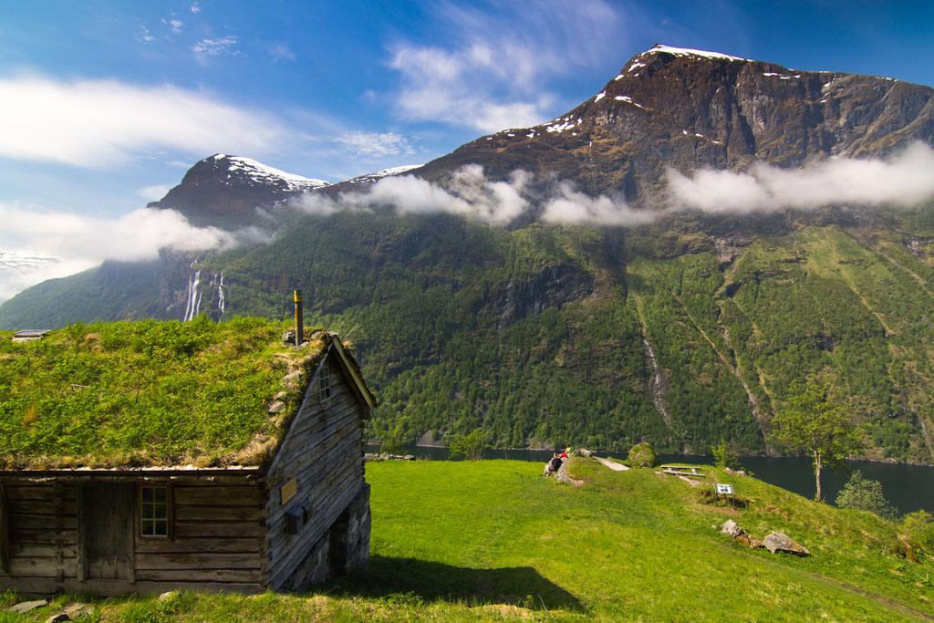 verlassener Bauernhof Skageflå, 250m oberhalb des Geirangerfjords