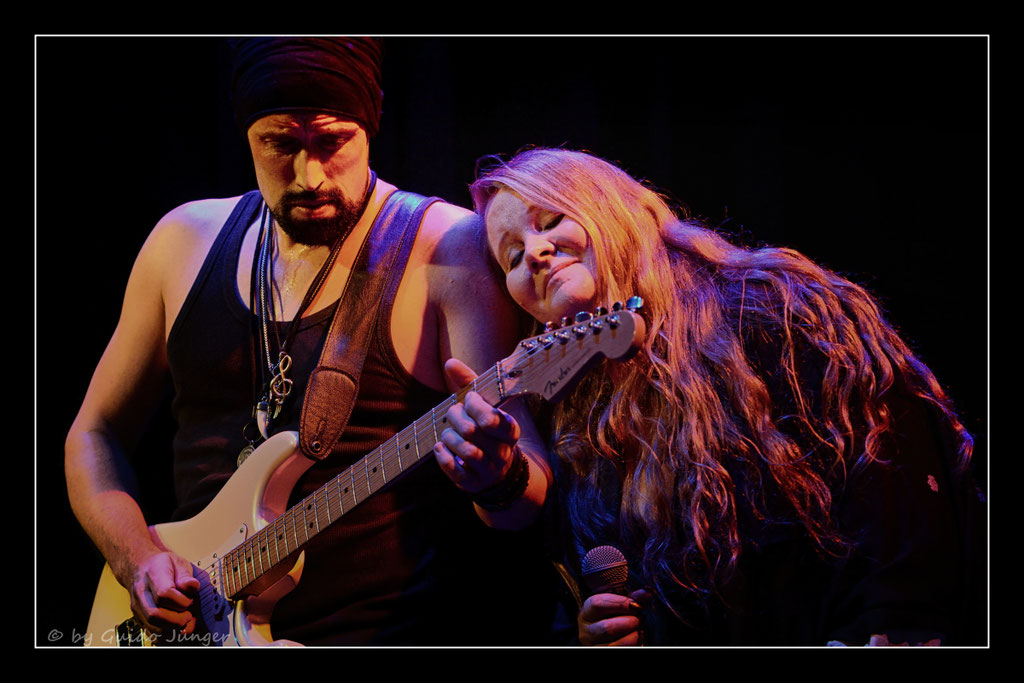 #055 Jan Laaks & Layla Zoe
