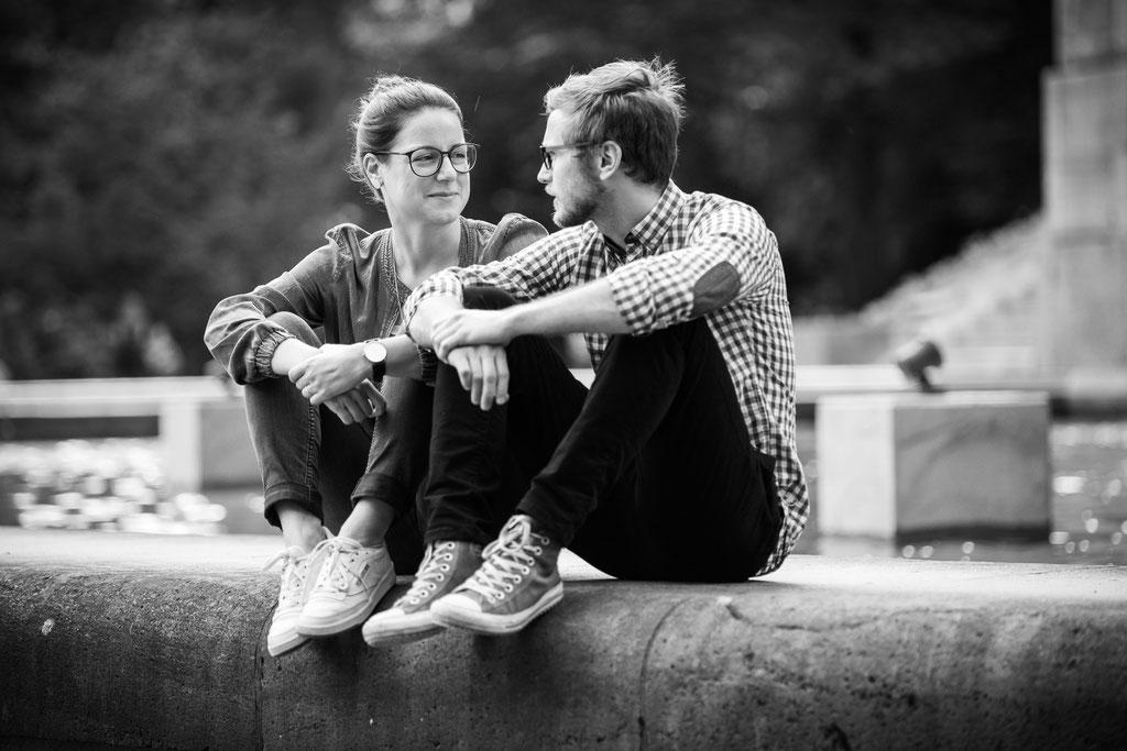 Authentische Hochzeitsbilder- Kennnelern-Shooting im Hamburger Stadtpark