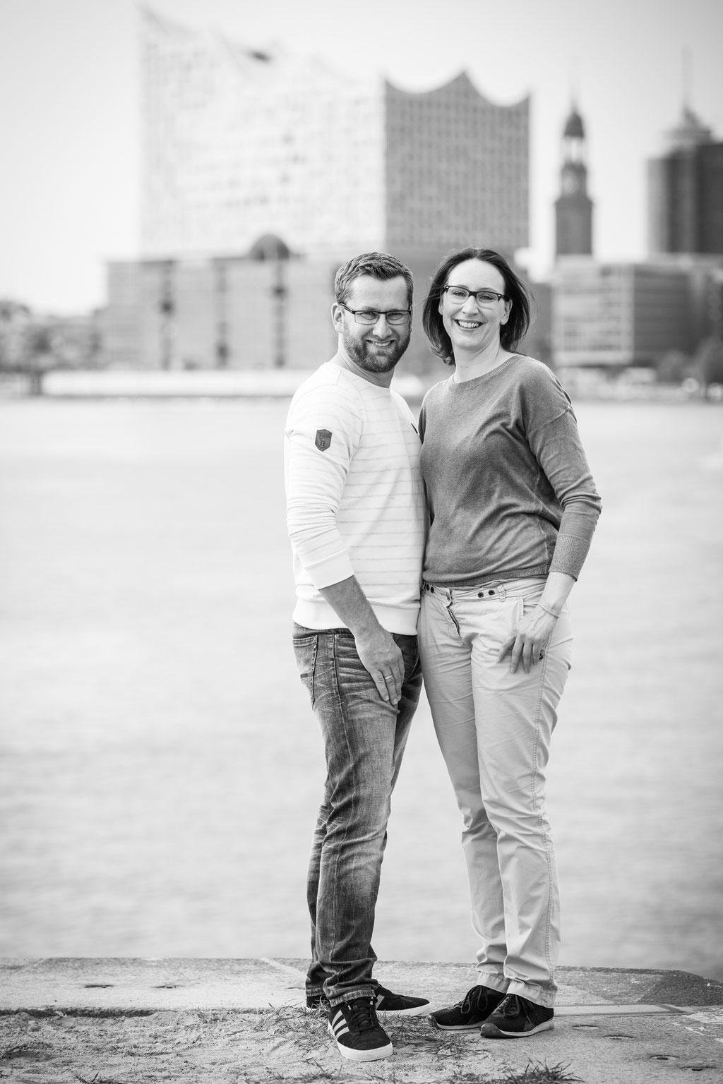 Emotionale Hochzeitsfotos - Kennnelern-Shooting im Hamburger Hafen