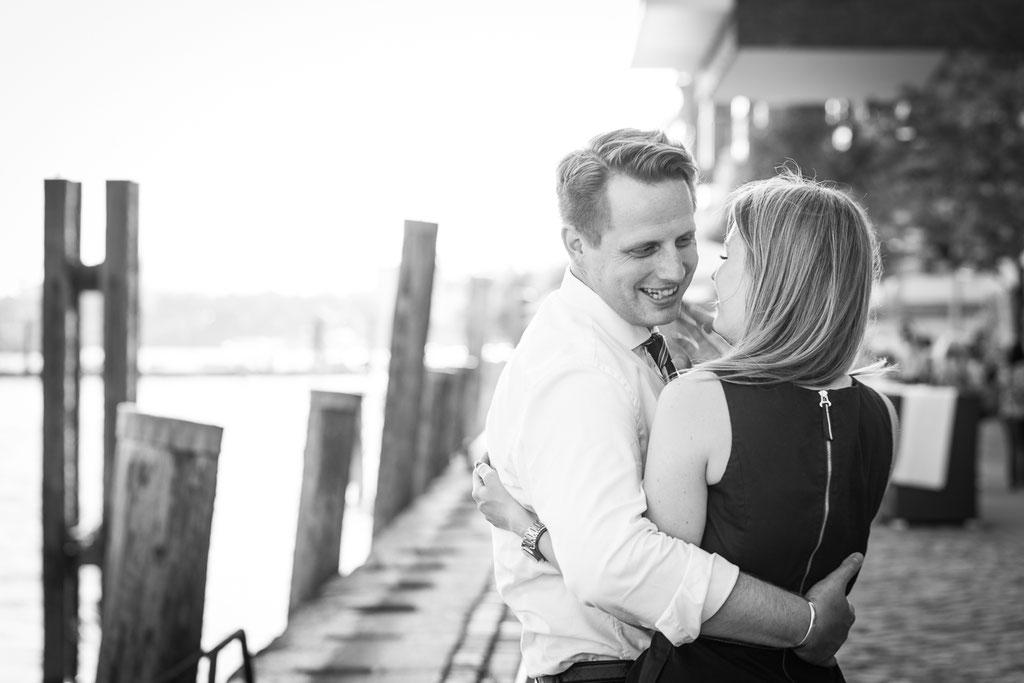 Hochzeitsfotografie - Kennnelern-Shooting am Dockland