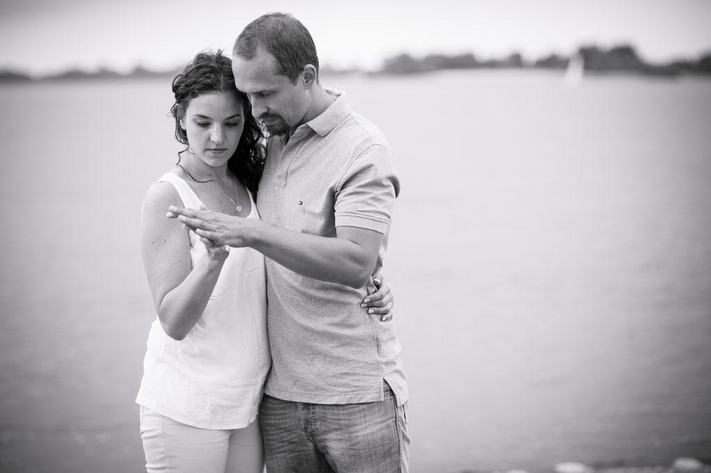 Emotionale Hochzeitsfotos - WarmUp-Shooting im Blankenese