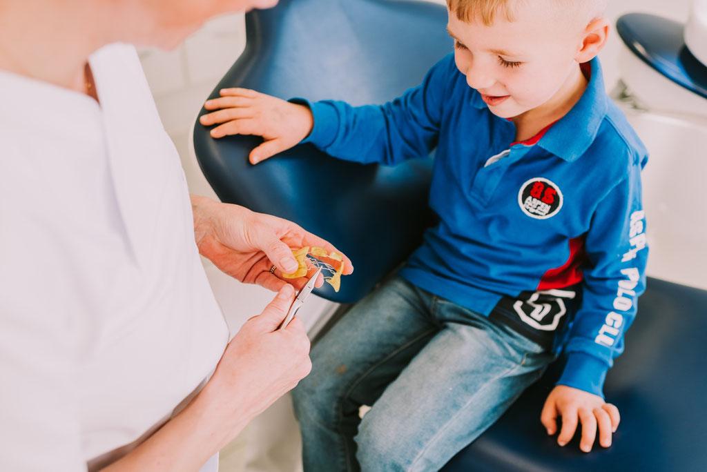 Behandlung – Zahnspangenliebe – Fachpraxis für Kieferorthopädie Kassel
