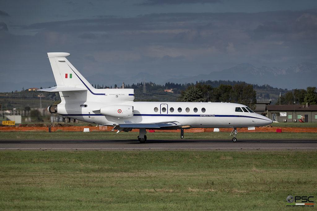 MM62026  Falcon 50 193 306° Gruppo