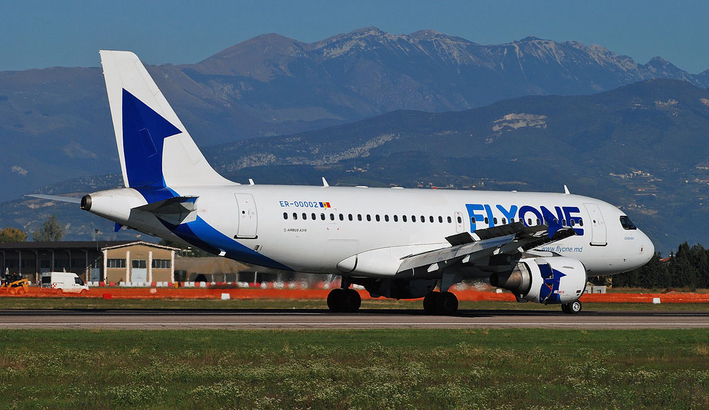 ER-00002 A319-112 1618 FlyOne