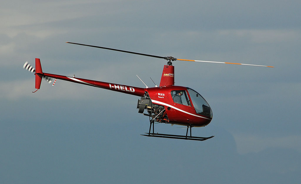 I-HELD  Robinson R22B Beta II ( c/n 3377 ) - mfg: 2002