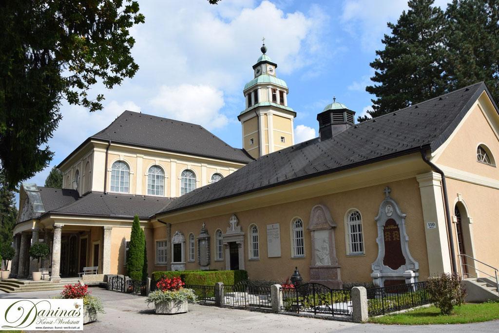 Von kulturhistorischer Bedeutung: Die Aussegnungshalle des Salzburger Kommunalfriedhofs.