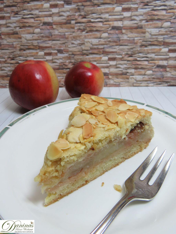 Gedeckter Apfelkuchen österreichischer Kuchenklassiker