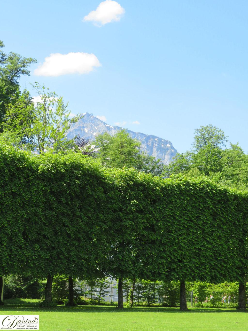 Schloss Hellbrunn Park, Salzburg. Blick zum sagenumwobenen Untersberg
