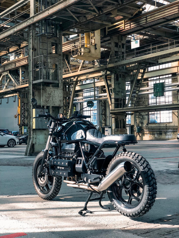 bmwrk100 k100 handmade custom customize umbau black clean scrambler zürich lagerhalle industrial schweiz