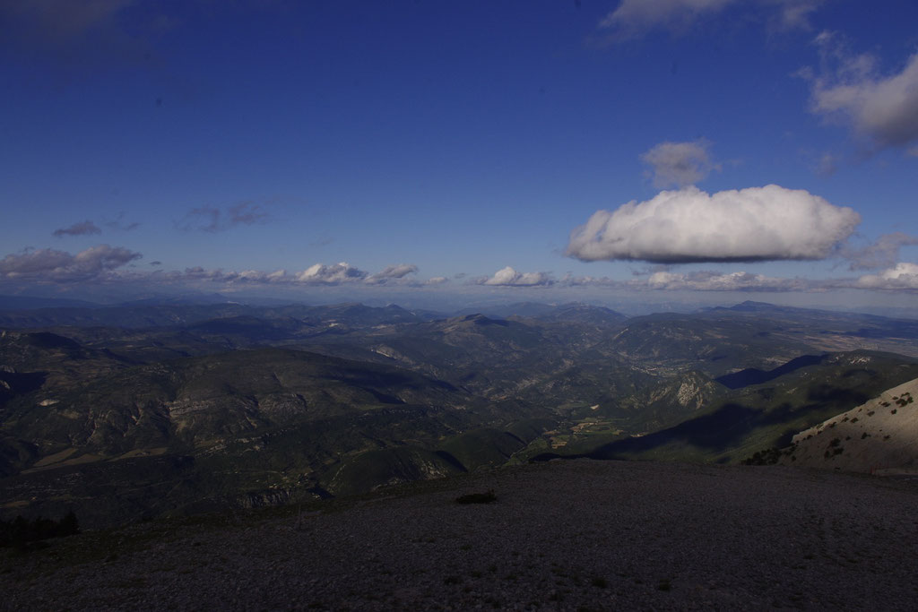 Zirkular Blick am Gipfel des Ventoux