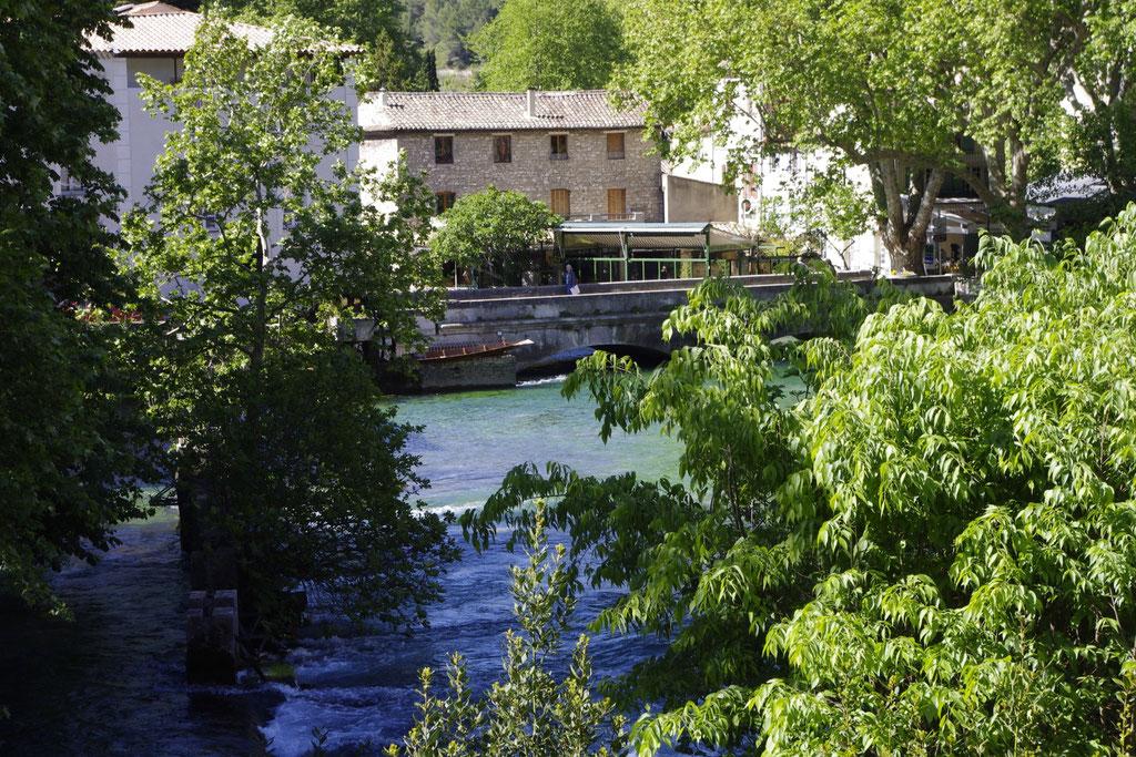 Der Sorgue Fluss in Fontaine de Vaucluse
