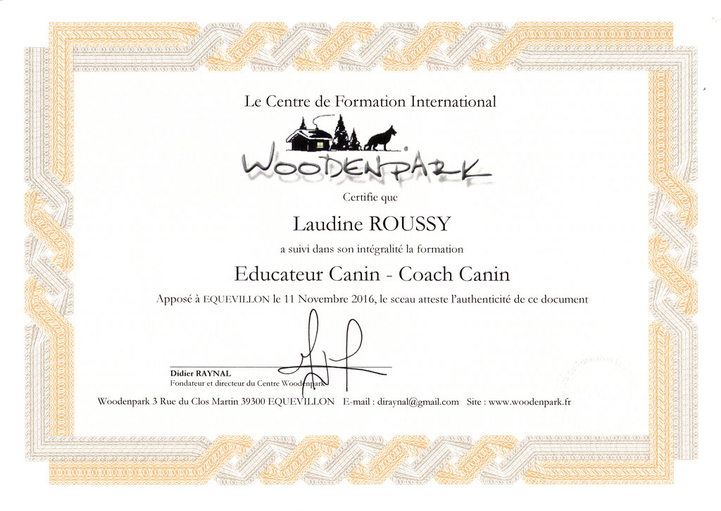 ec chiens diplome educateur canin et coach canin professionnel certifié woodenpark pour pouvoir donner des cours en education canine
