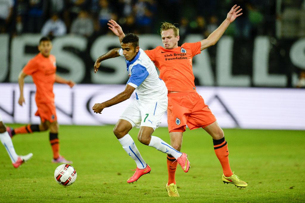 Mahmoud Kahraba (GC) gegen Laurens De Bock (Brugge) sast-photos