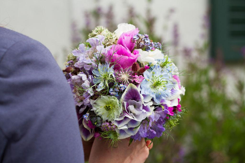 Brautstrauss  'Die schönsten Gartenblumen'  |  160 CHF