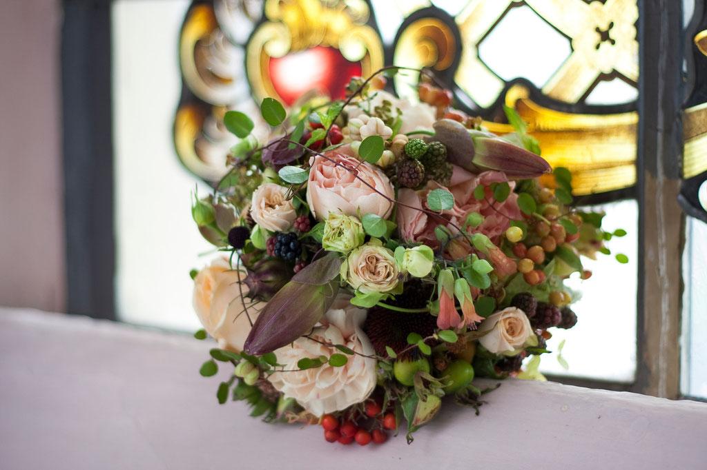 Brautstrauss in zarten Blütenfarben  |  190 CHF