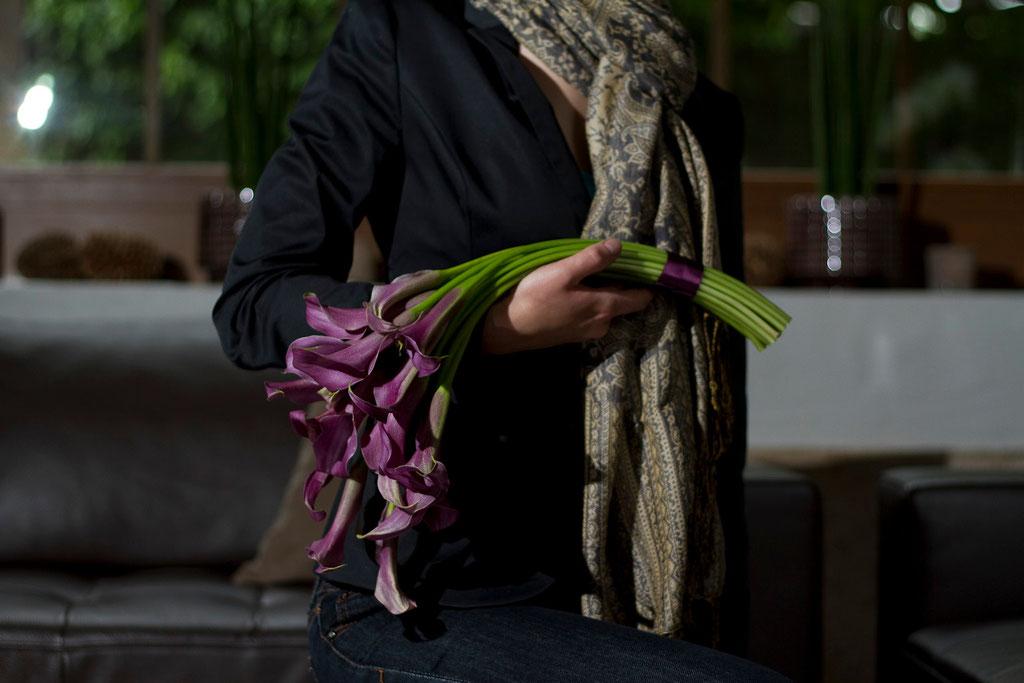 Brautstrauss mir schwarzen Callas  |  165 CHF