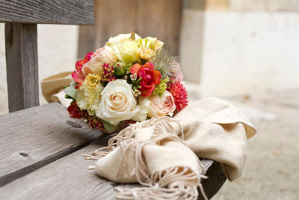 Brautstrauss bunte Blütenmischung  |  140 CHF