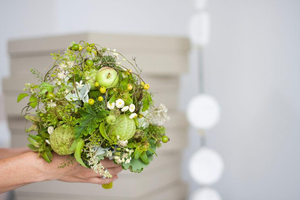 Brautstrauss in apfelgrün  |  160 CHF